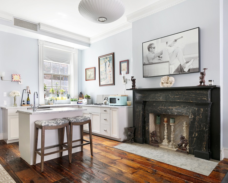Emma Stones former Chelsea townhouse gets a price chop and new