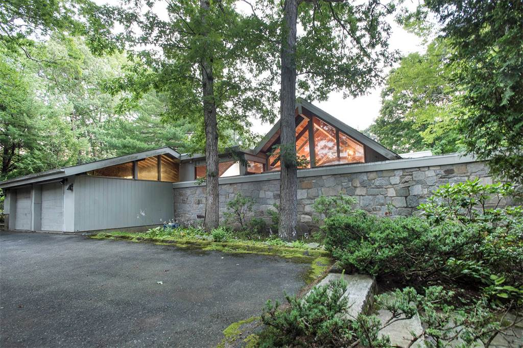 243 Smith Road, tehcbuilt, new canaan, sotheby's