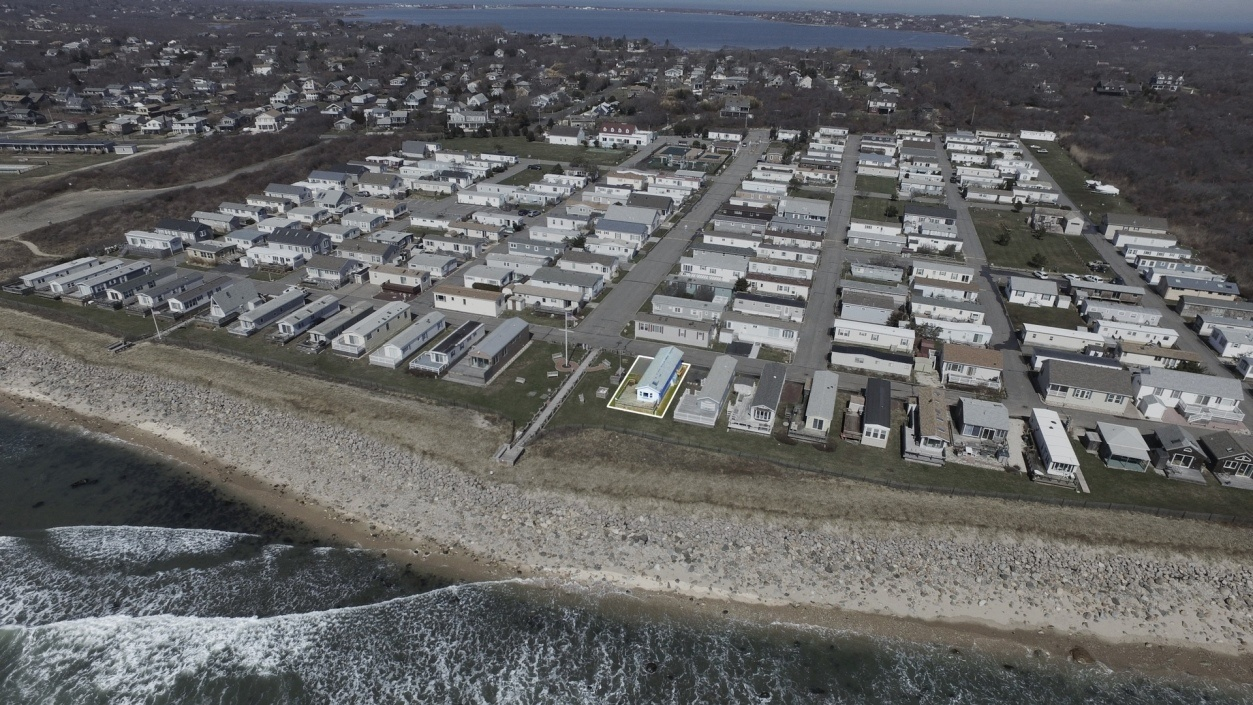 billionaires are clamoring to move into this montauk trailer park rh 6sqft com