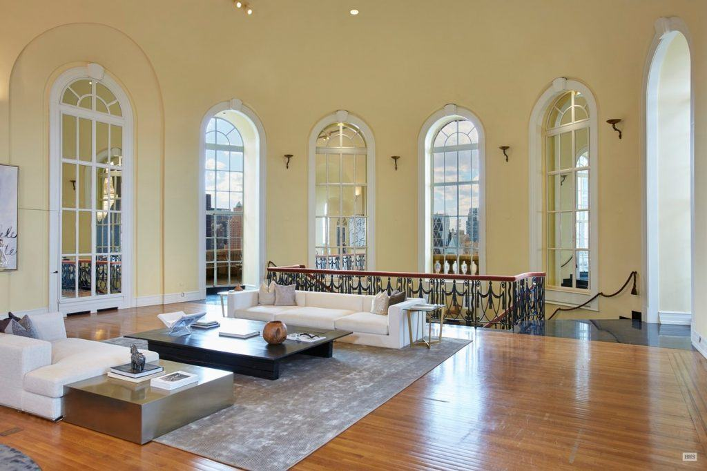 After Four Years On The Market 125m Pierre Penthouse