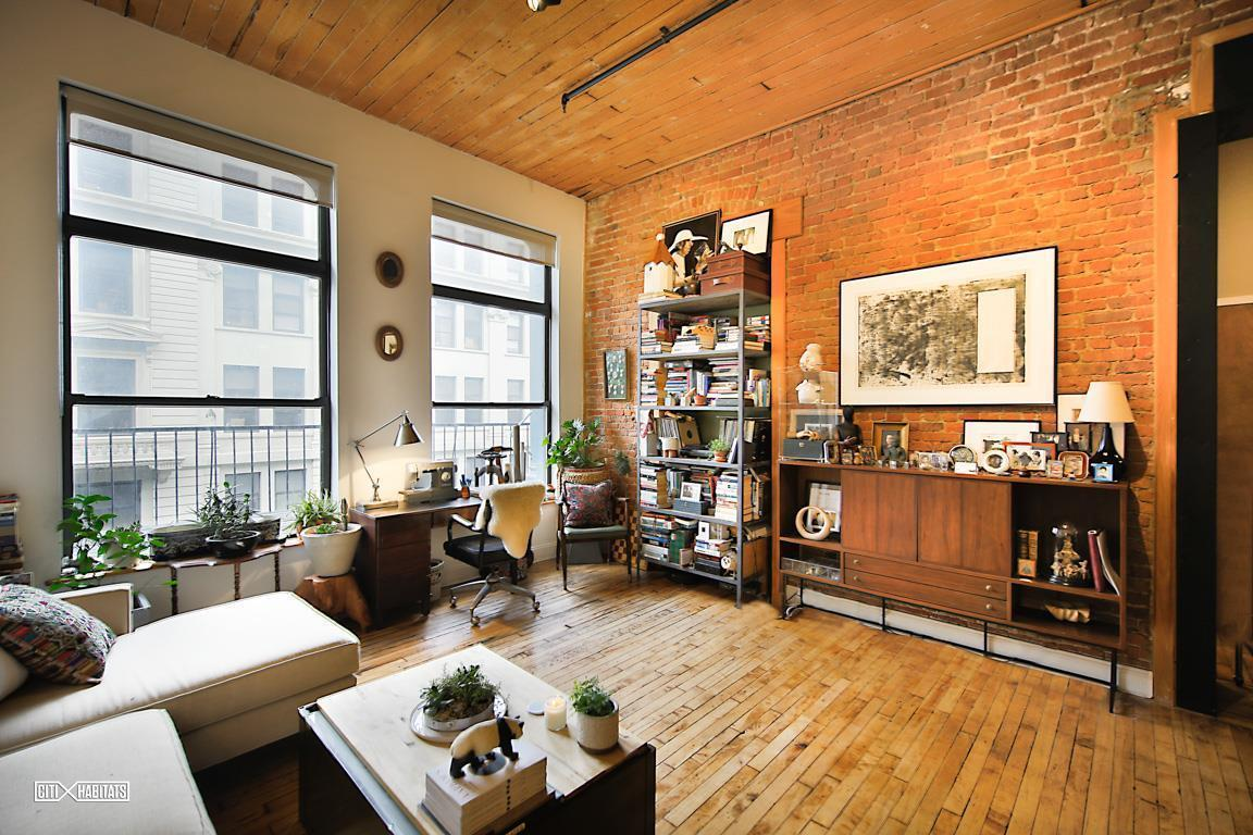 4 500 Month Williamsburg Loft Is Lined With A 13 Foot