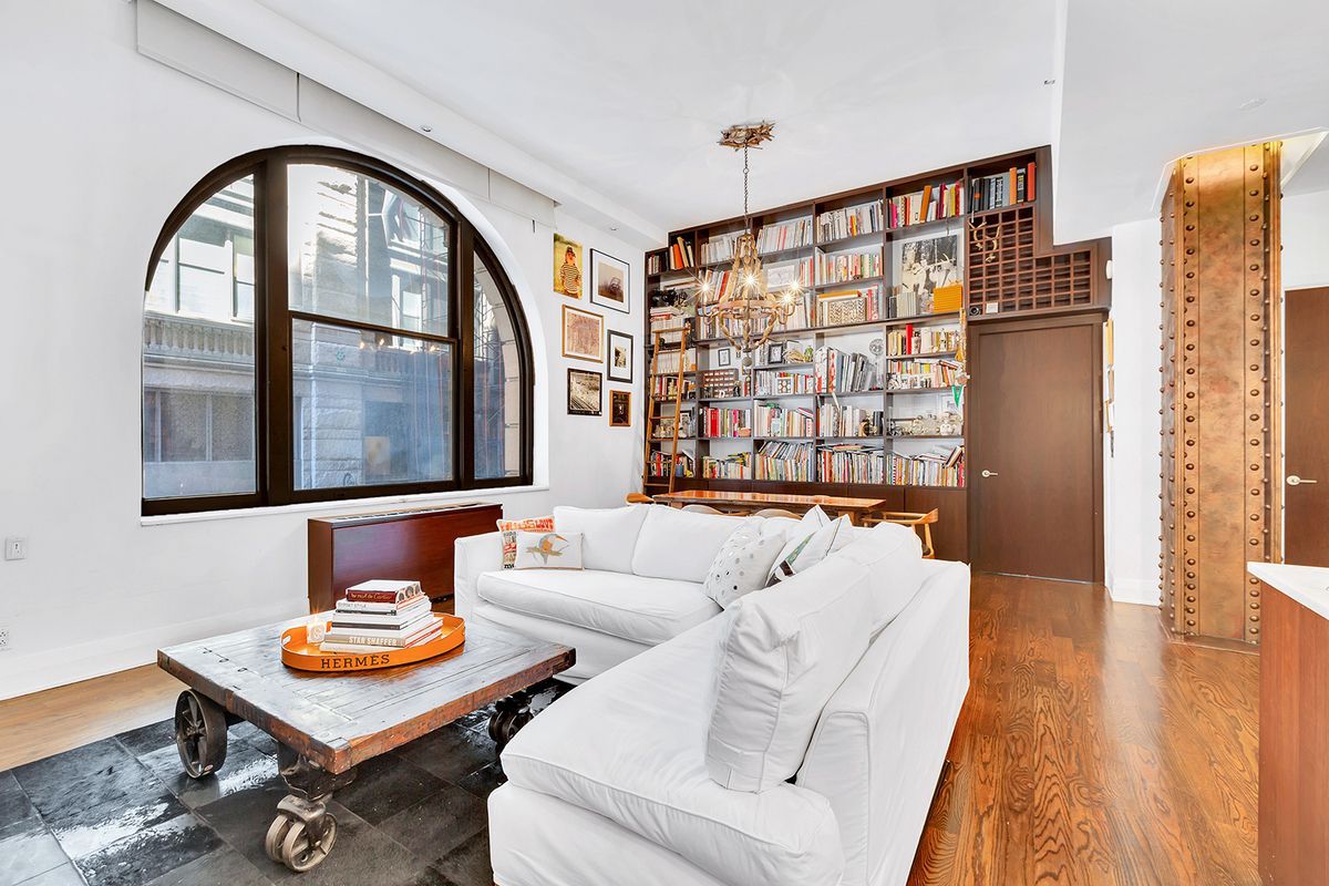 Posted On Wed August 23 2017 By Michelle Cohen In Cool Listings Financial District South Street Seaport
