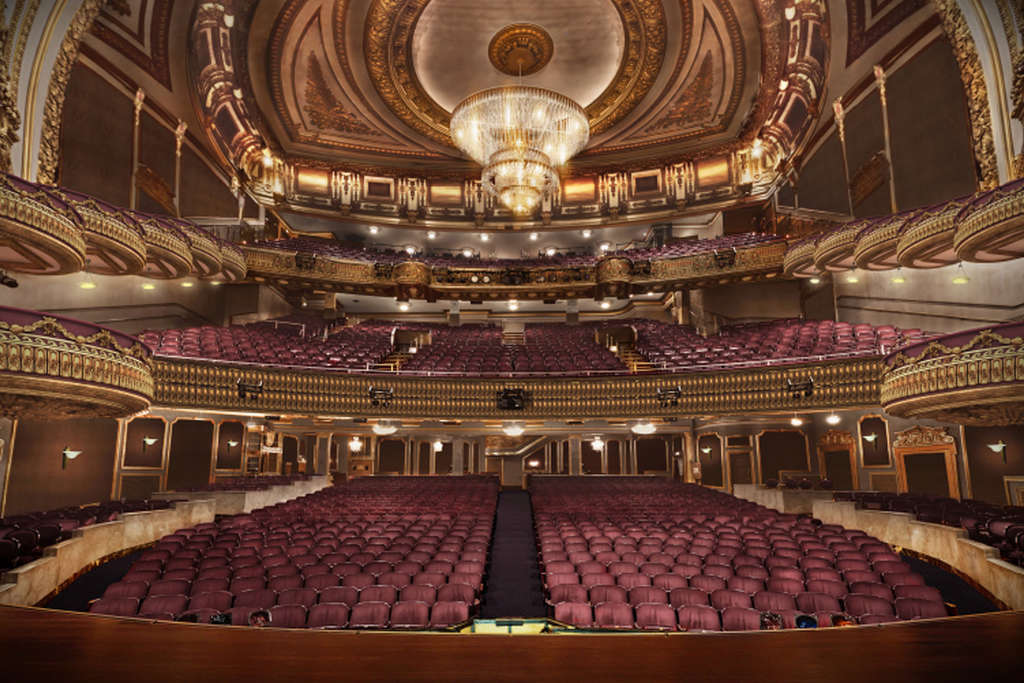 2b Redevelopment Of Times Square S Palace Theater Gets