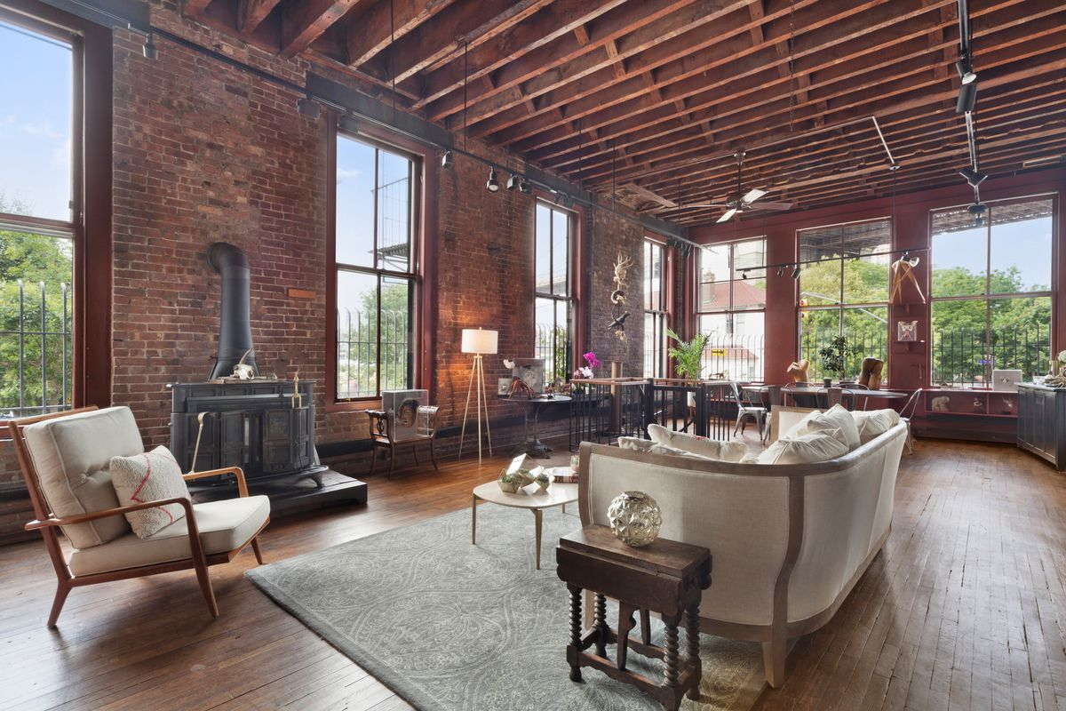 Rare and historic Dumbo triplex once owned by artist Caro ...