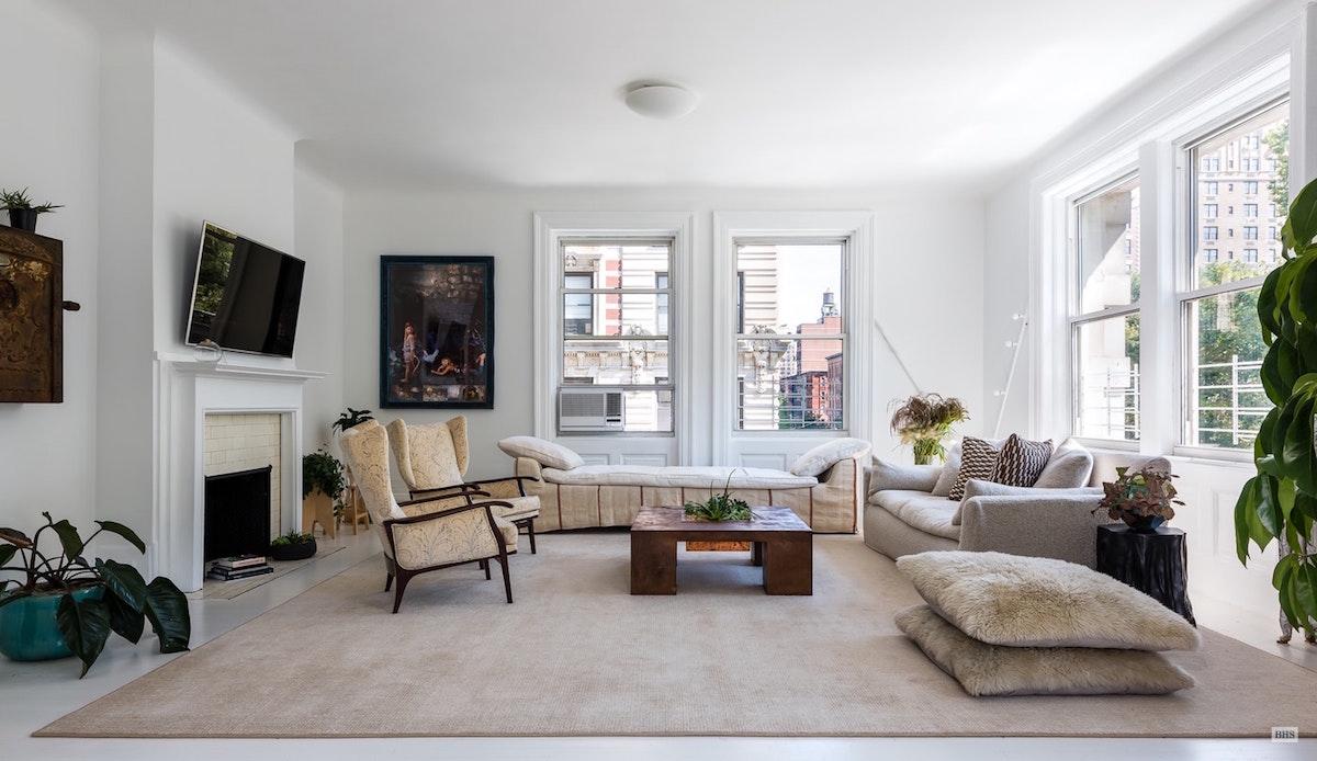100 West 80th Street, cool listings, elizabeth roberts