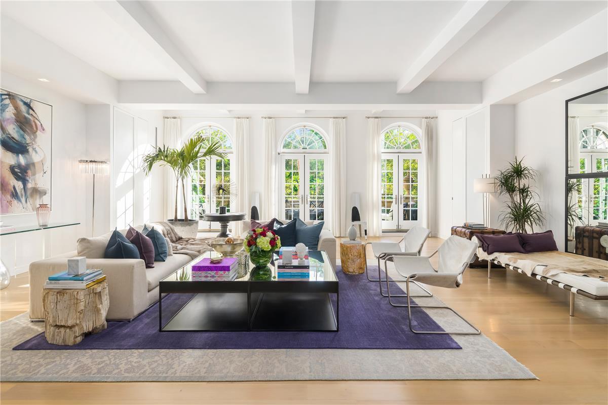 Jennifer lopez lists enormous nomad penthouse for 27m 6sqft for Jennifer lopez house address