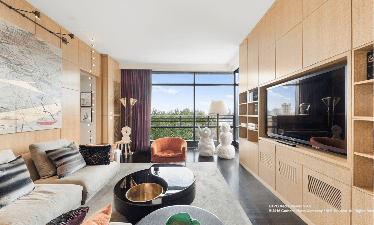Creative power couple 39 s yorkville duplex asks 16 5m for for 6 foot wide living room