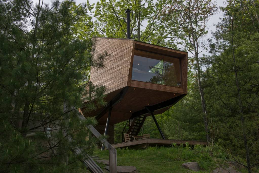 ... Built For A Family Who Had Plans Of Using This As A Vacation Rental  Propertyu2013hence The Airbnb Listing. The Sharp Angles Of The Treehouse Are  Meant To ...