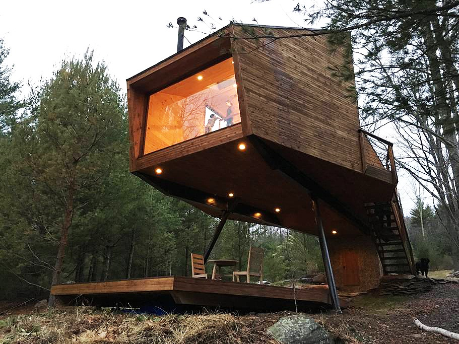 This secluded Catskills treehouse may be one of the coolest