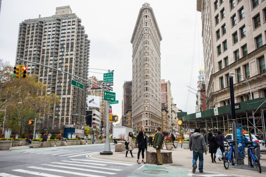flatiron overthrows tribeca as the most expensive neighborhood in new york city 6sqft. Black Bedroom Furniture Sets. Home Design Ideas