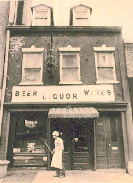 ear inn, soho, historic bar