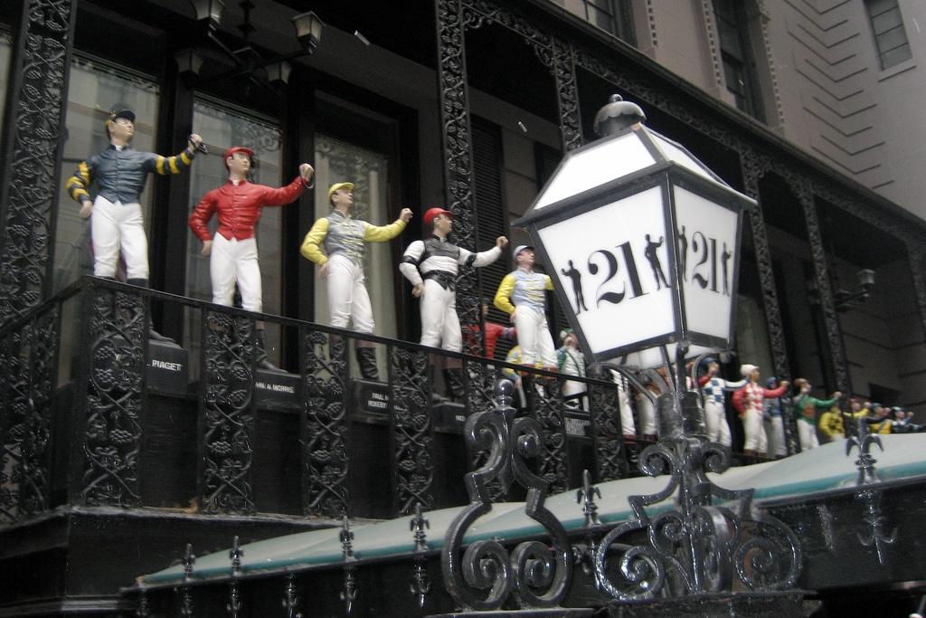 21 club, midtown, historic bars nyc