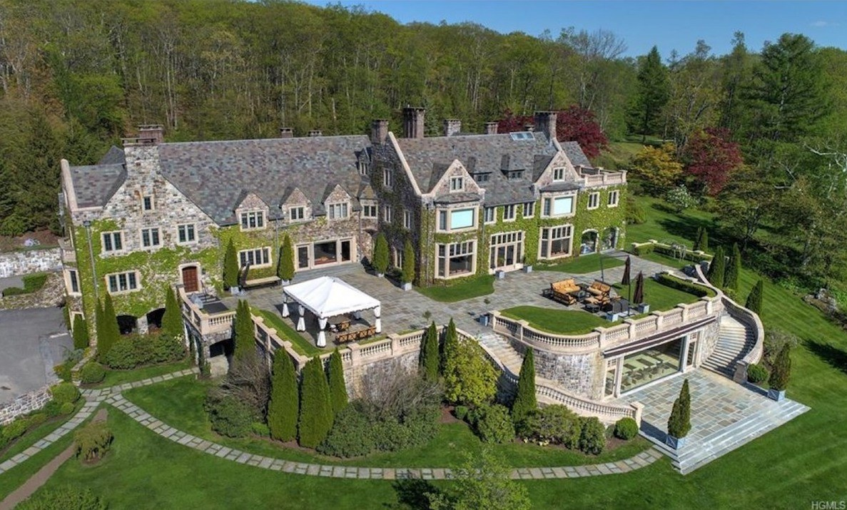 17m Dutchess County Castle Once Belonged To Andrew