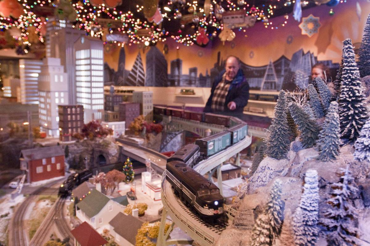 photo courtesy of nyc company - Things To Do In Nyc During Christmas