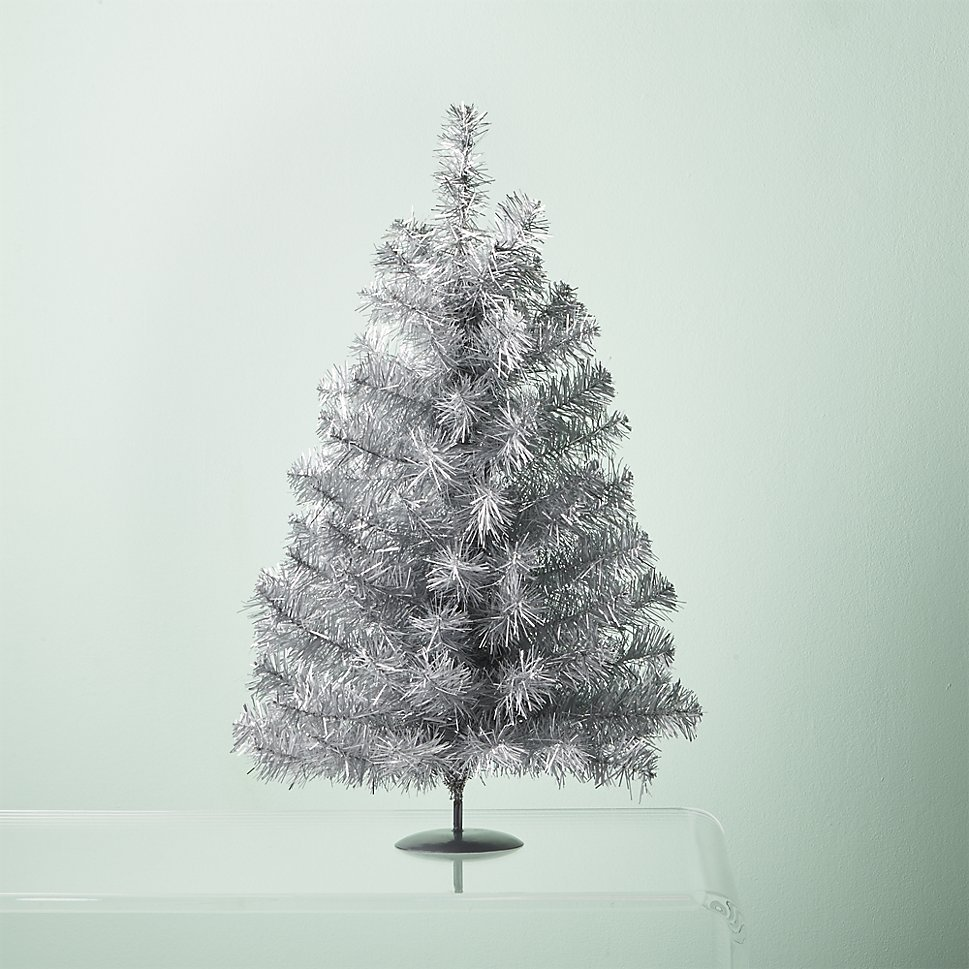 15 alternative christmas trees that fit your decorating How to decorate a christmas tree without tinsel