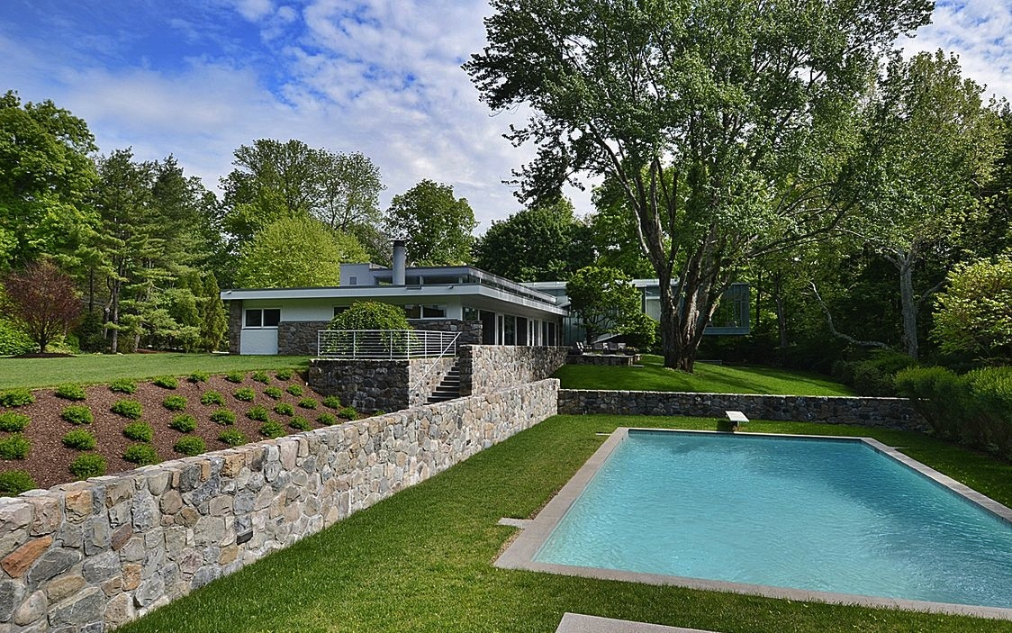 628 west road, Connecticut, marcel breuer, houlihan lawrence