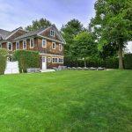 2623 Montauk Highway, Morning Glory House, Bridgehampton, Bethenny Frankel