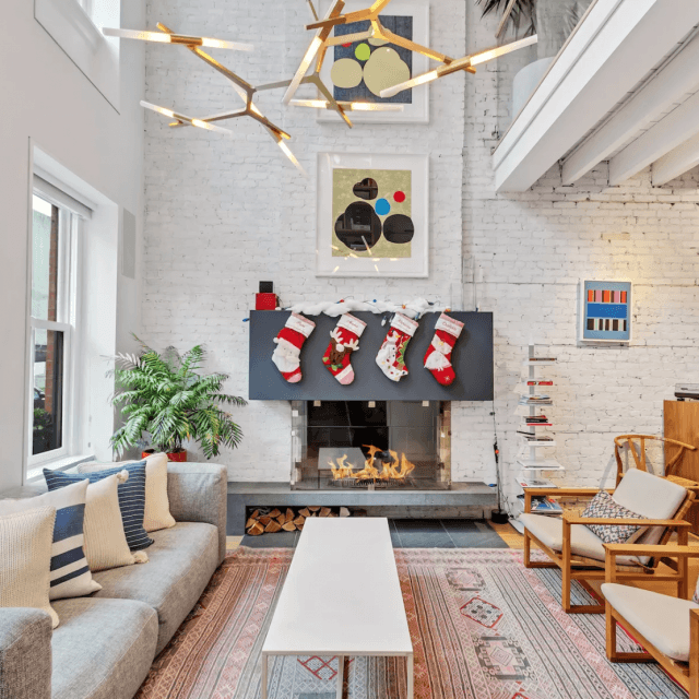It's feeling festive at this revamped Williamsburg townhouse asking $3.7M