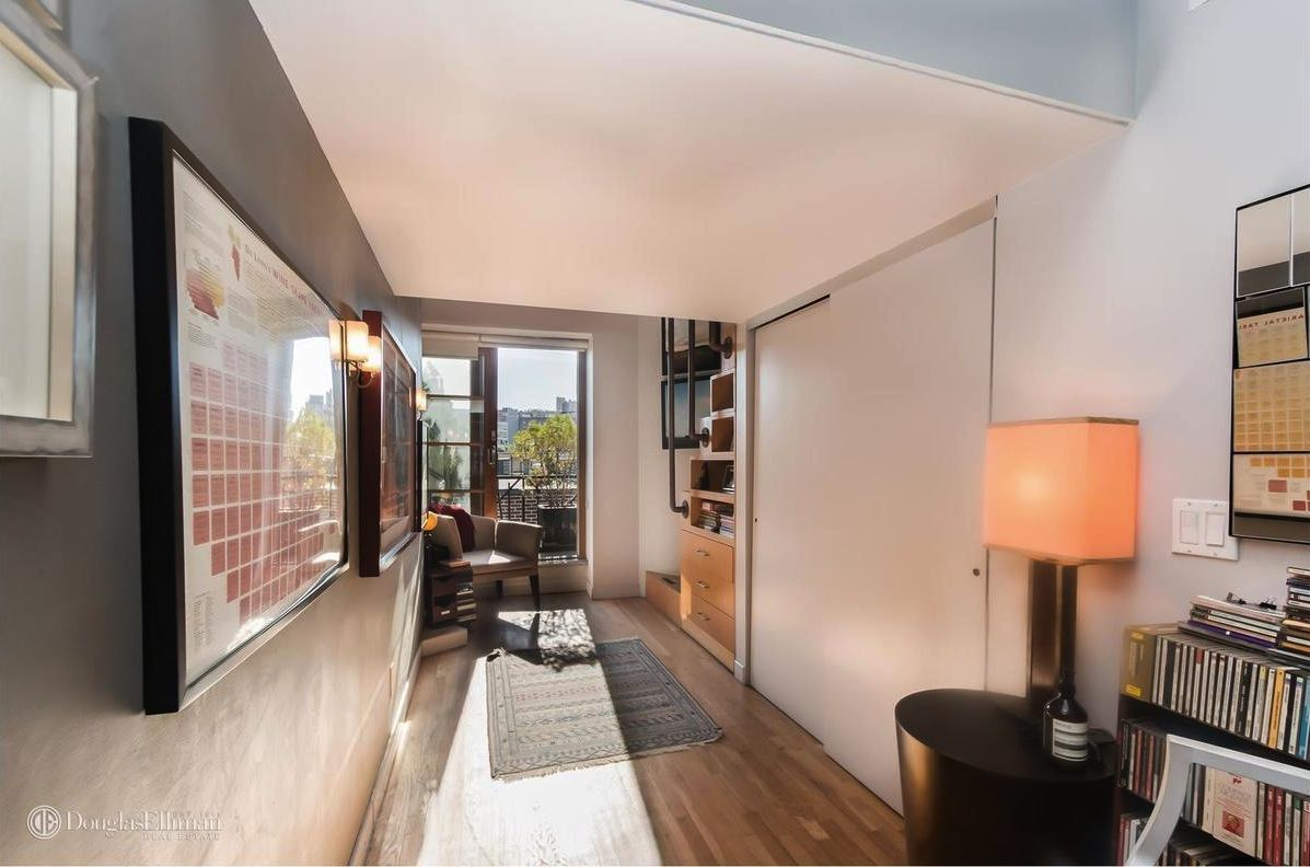 $2.8m chelsea penthouse boasts sprawling three level layout with two