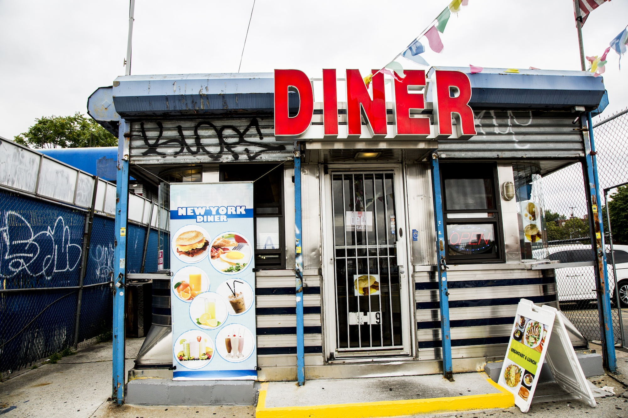 Diners of NYC, Riley Arthur, Diner photography