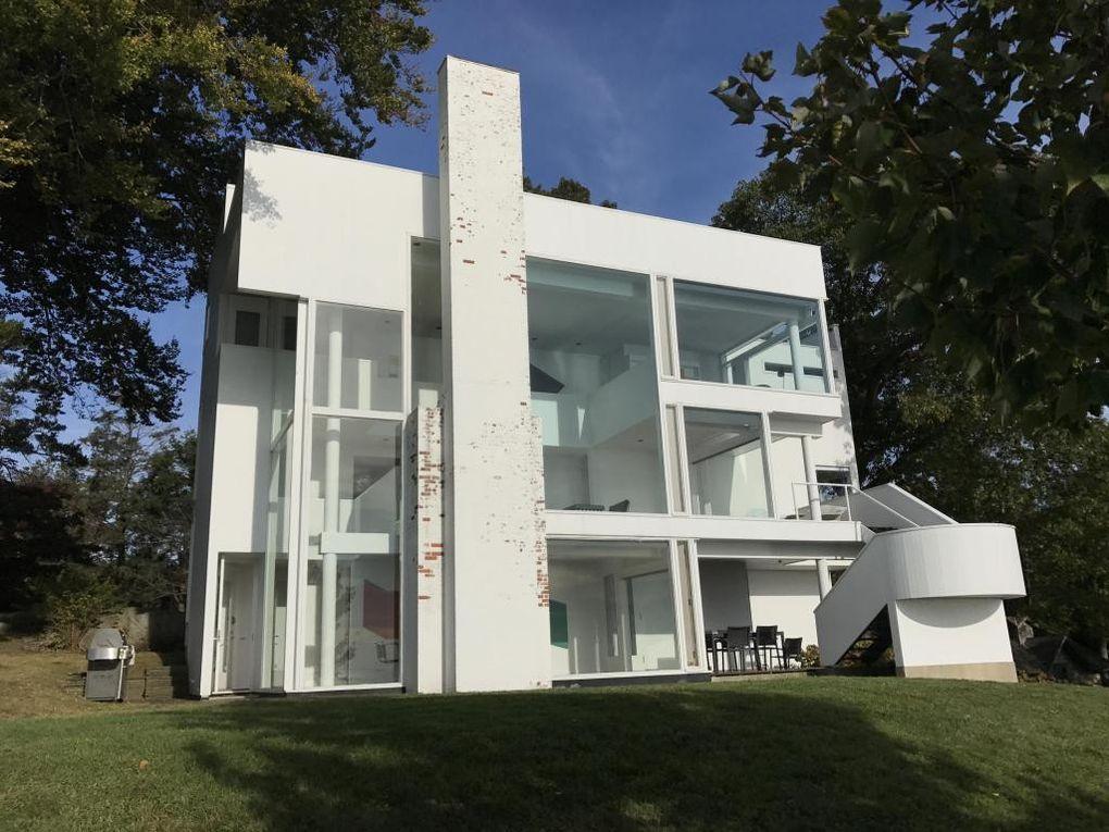 richard meier 39 s modernist smith house in connecticut lists