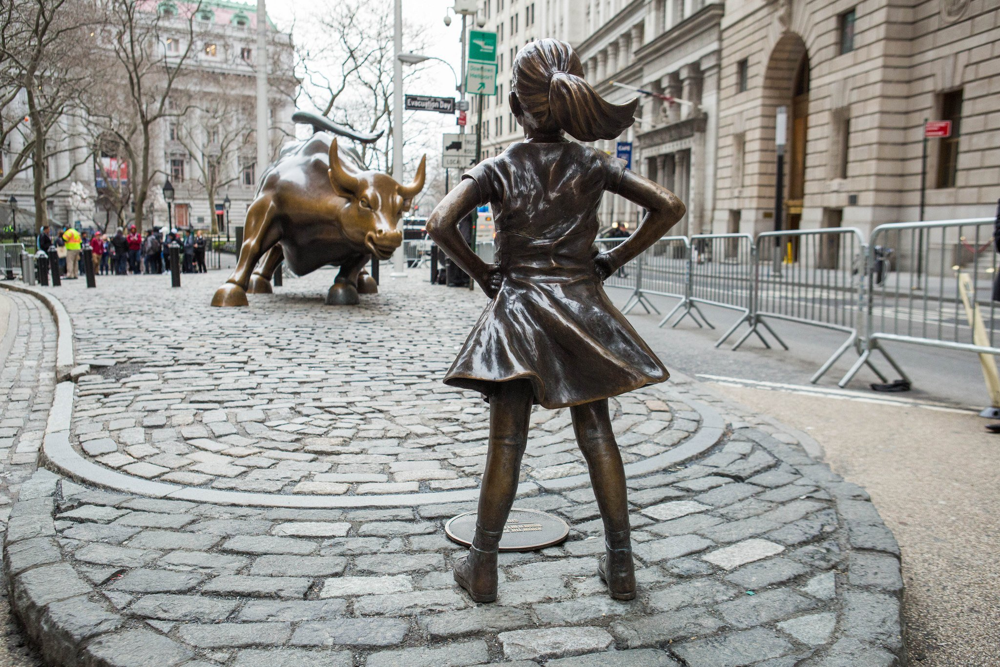 fearless girl and charging bull statues might relocate