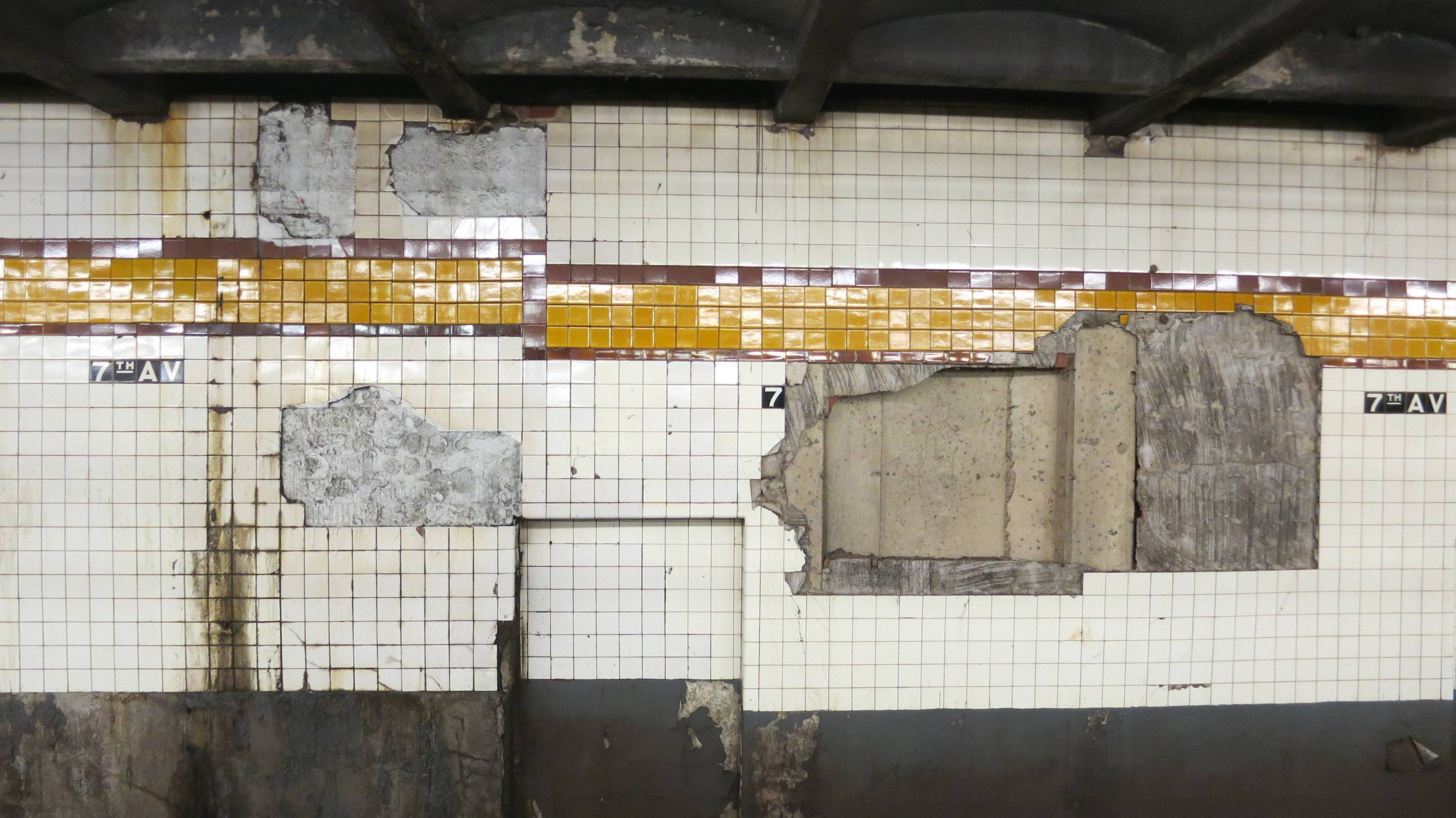 Weekend subway service: 3 trains down for the count | 6sqft