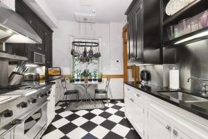 151 Central Park West, The Kenilworth, Dick Cavett