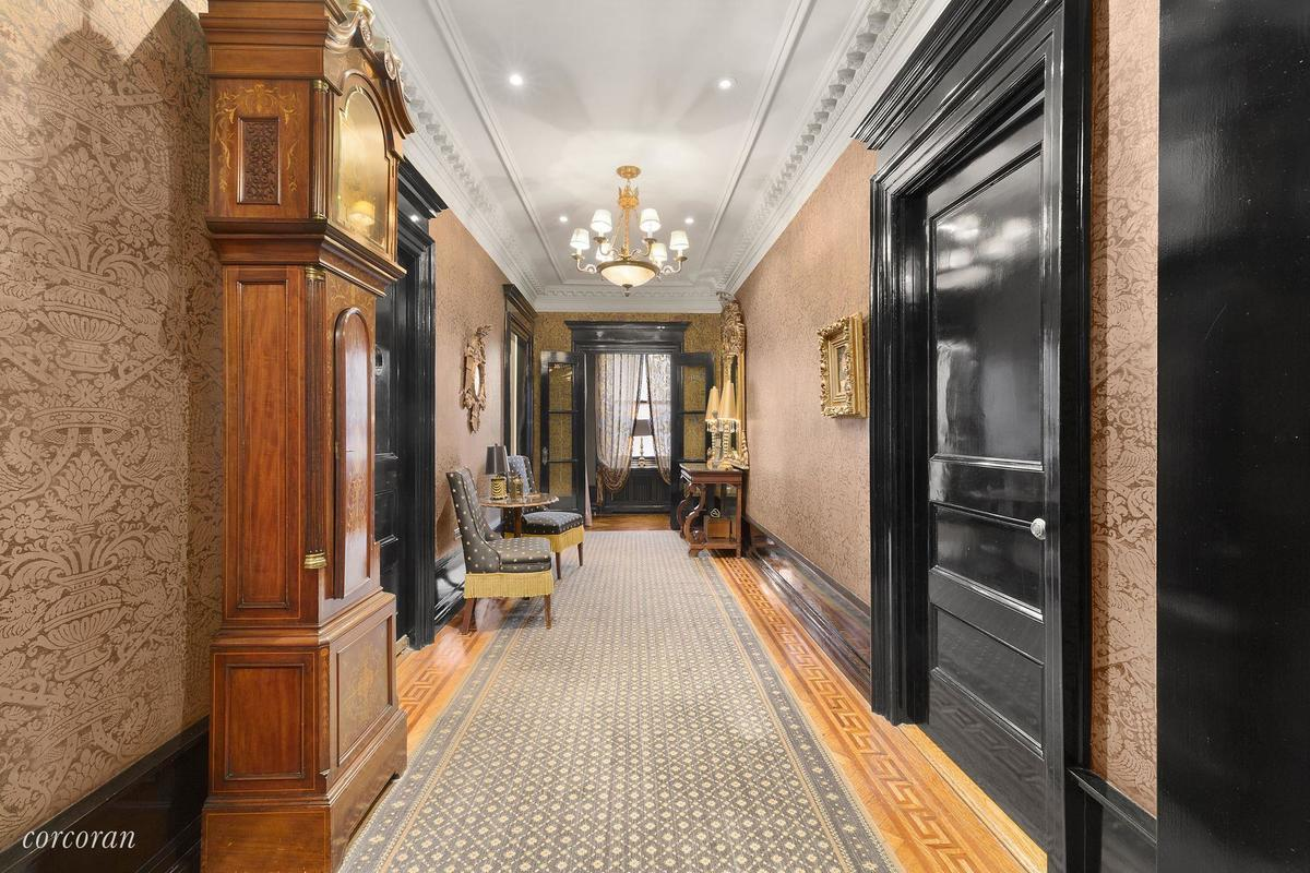 151 Central Park West, The Kenilworth, Dick Cavett