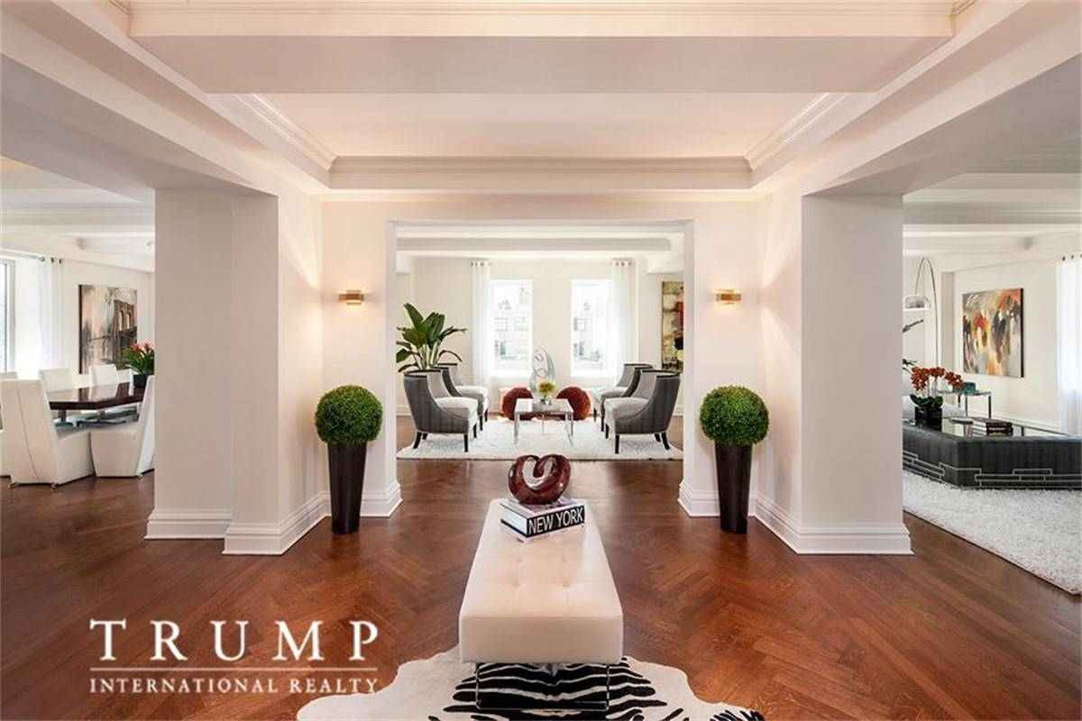 saudi prince wants trump building s grossly. Black Bedroom Furniture Sets. Home Design Ideas