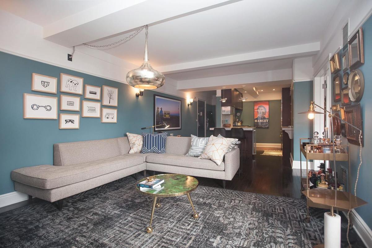 200 East 16th Street, Jesse Tyler Ferguson, Gramercy Park