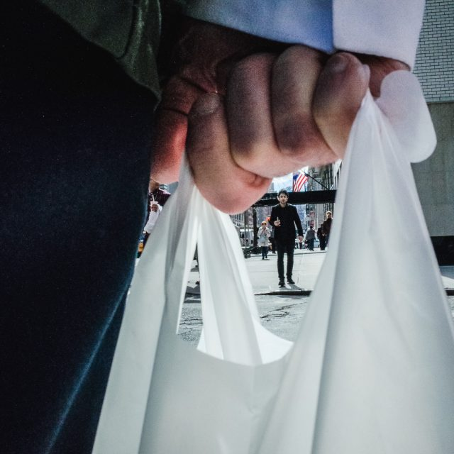 Cuomo's new bill would ban plastic bags in New York by next year