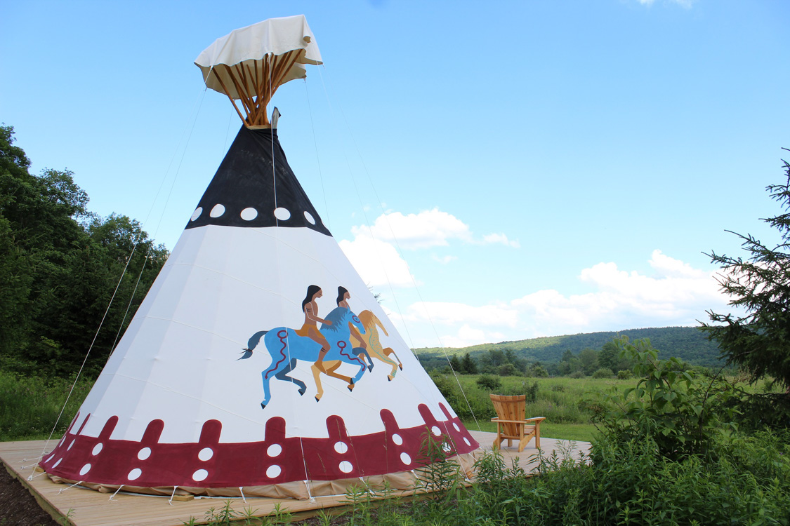 Mountain Horse Farm Tipis  Mountain-Horse-Farm-tipi
