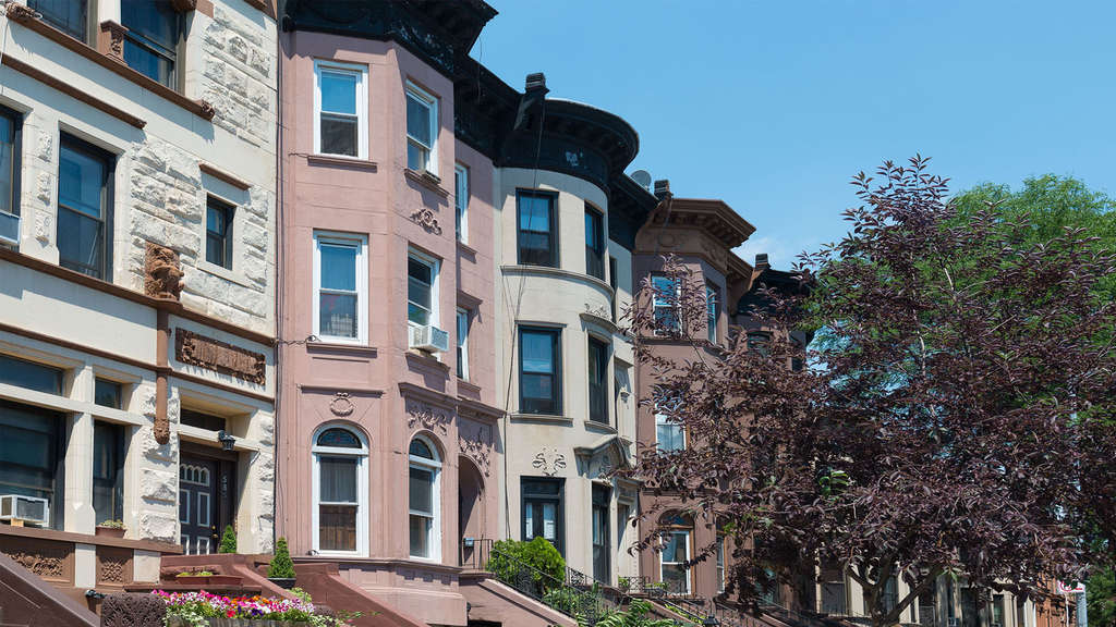 Two affordable one-bedrooms in Bed-Stuy up for grabs for $985/month