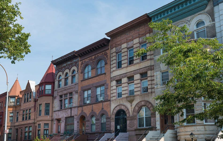 For the first time, average Brooklyn home prices break the $1M threshold