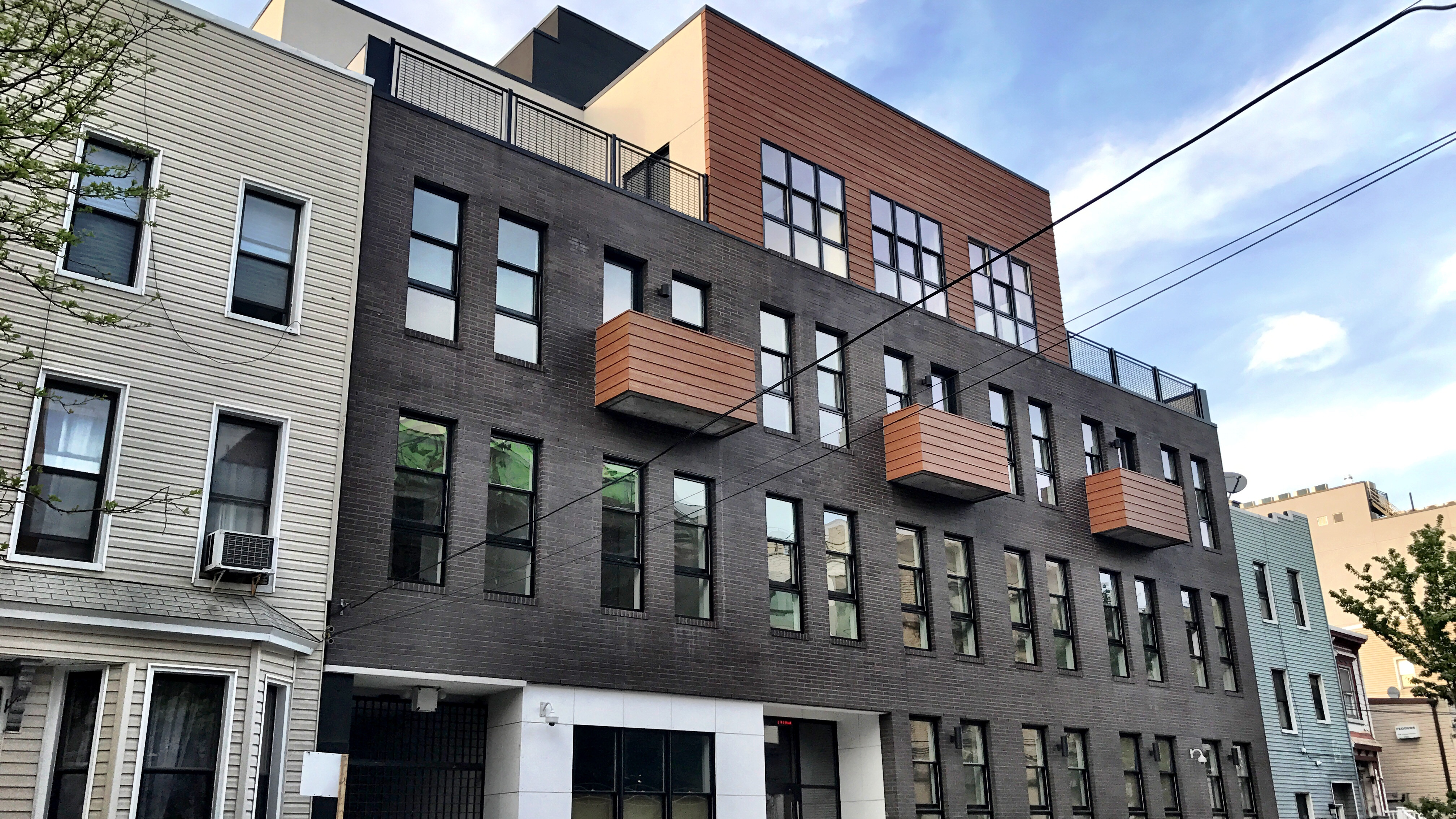 Lottery opens for six middle-income apartments near the