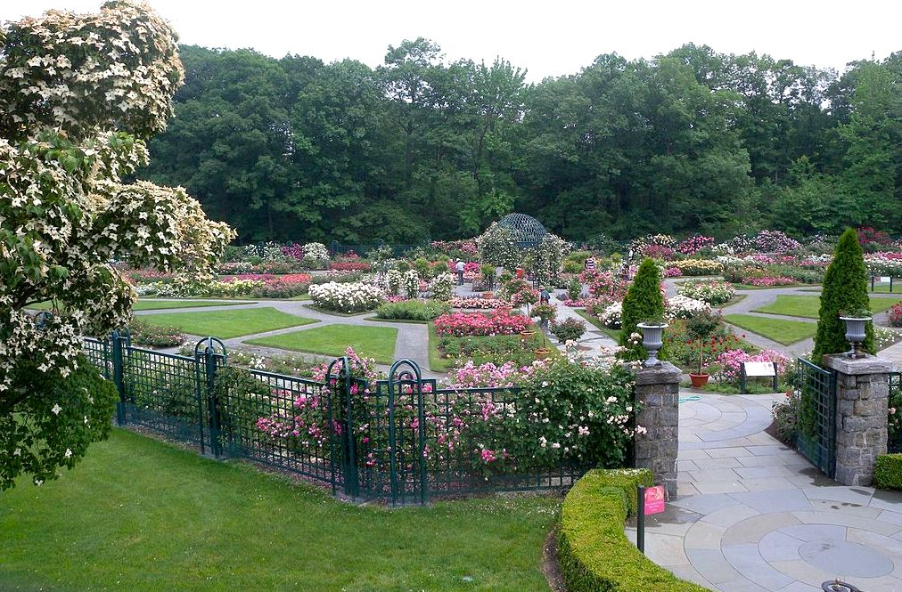 Live just a short drive from the New York Botanical Garden, from ...