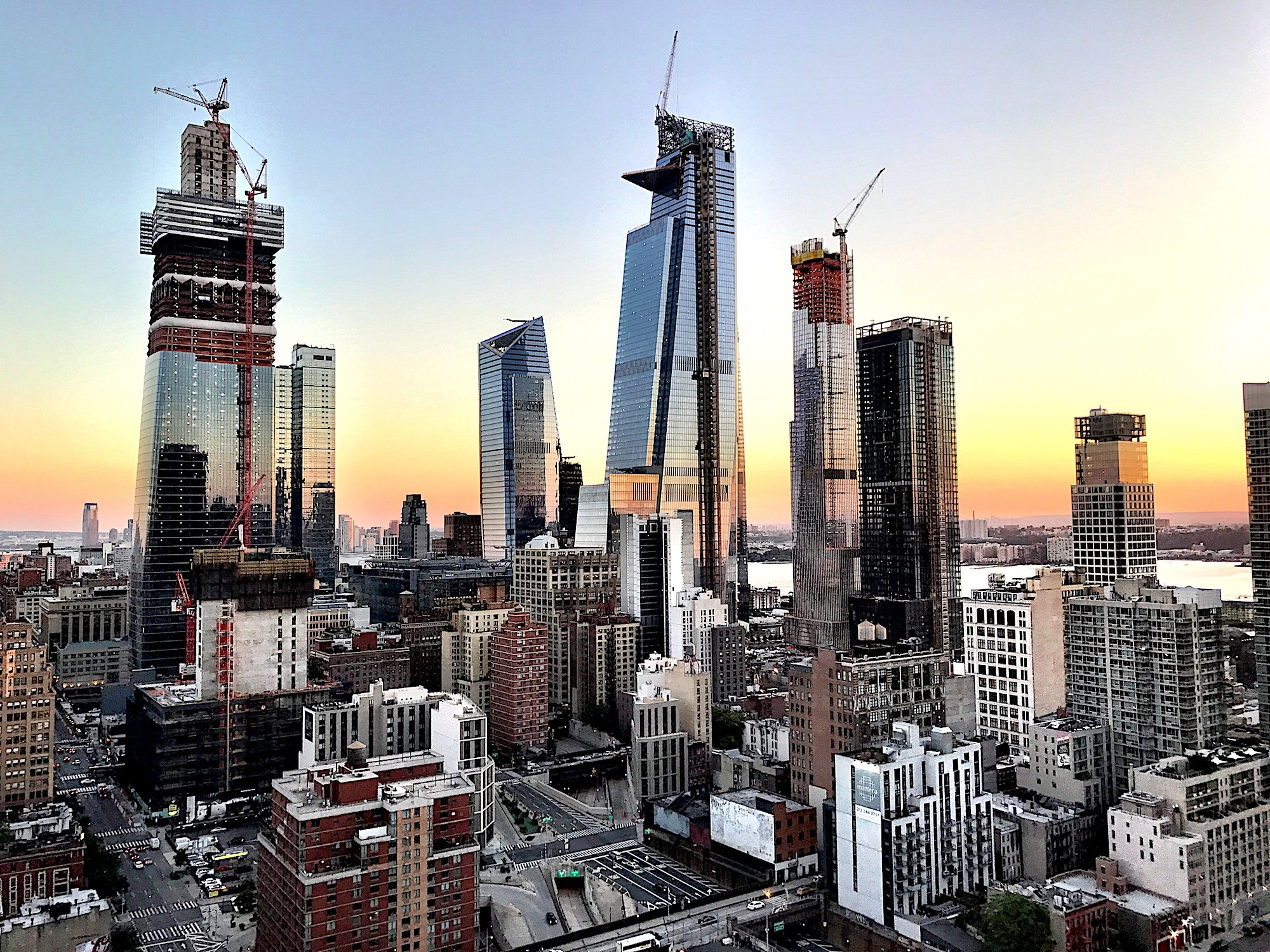 30 hudson yards officially tops out at 1 296 feet 6sqft