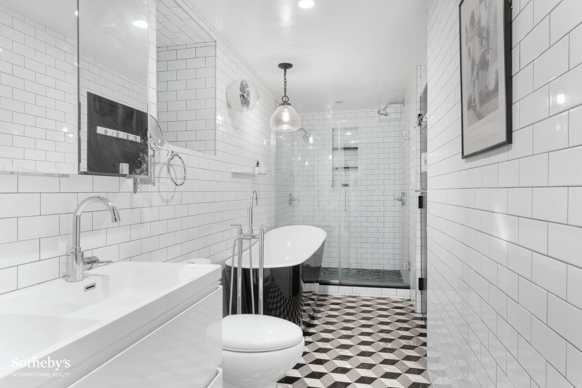 323 East 8th Street, East Village, Cool Listings
