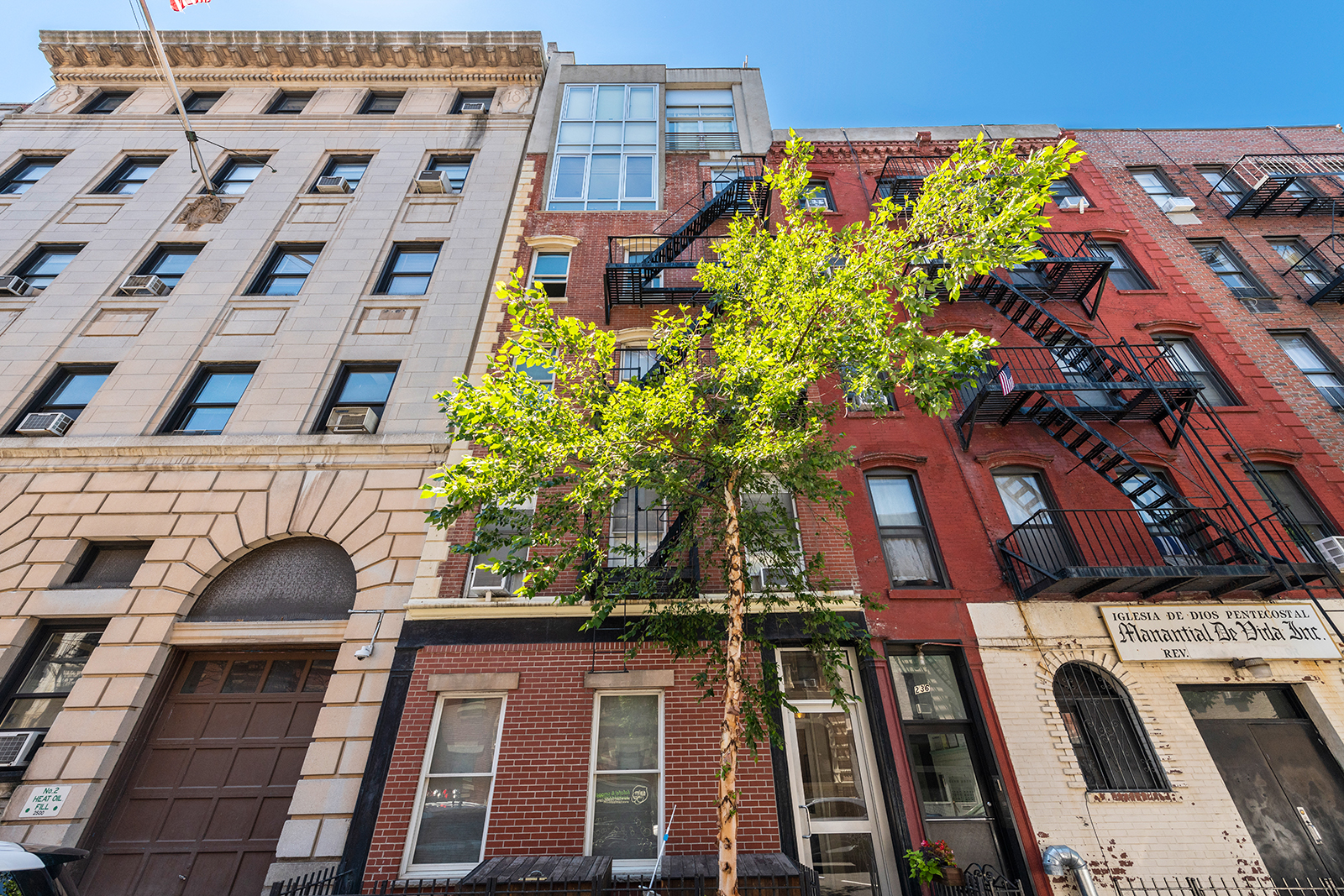 234 West 20th Street, Cool Listings, chelsea,