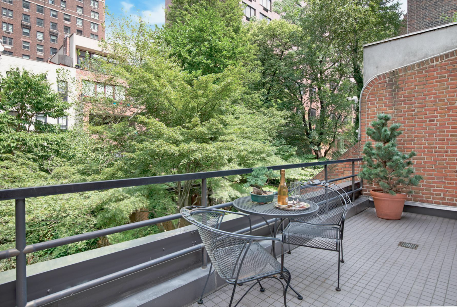 207 East 71st Street, cool listings, townhouses, upper east Side