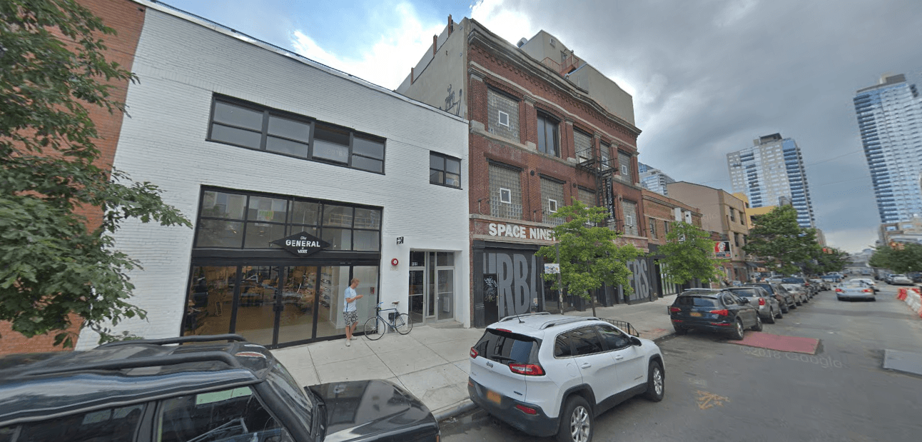 High-end shops compete for space in Williamsburg as North 6th rivals Bedford as the main drag