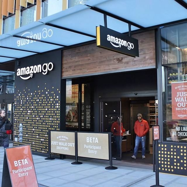 Amazon to open a cashier-less convenience store at Brookfield Place