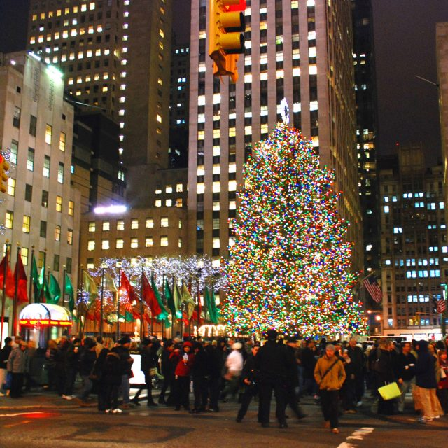 Lighting Of The Rockefeller Christmas Tree 2014: The History Of The Rockefeller Center Christmas Tree, A