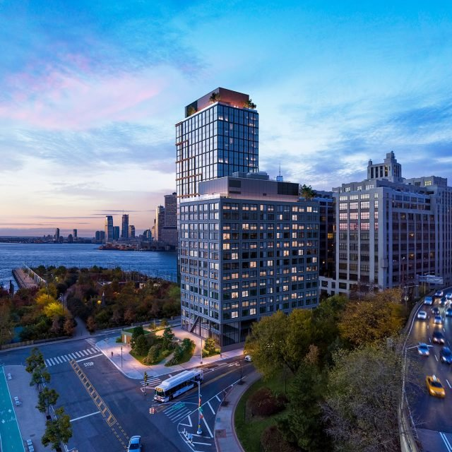 Brooklyn Bridge Park's Pier 6 rental tower reveals new renderings ahead of 2019 sales launch
