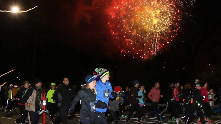new years eve nye events parties new york road runners nyrr