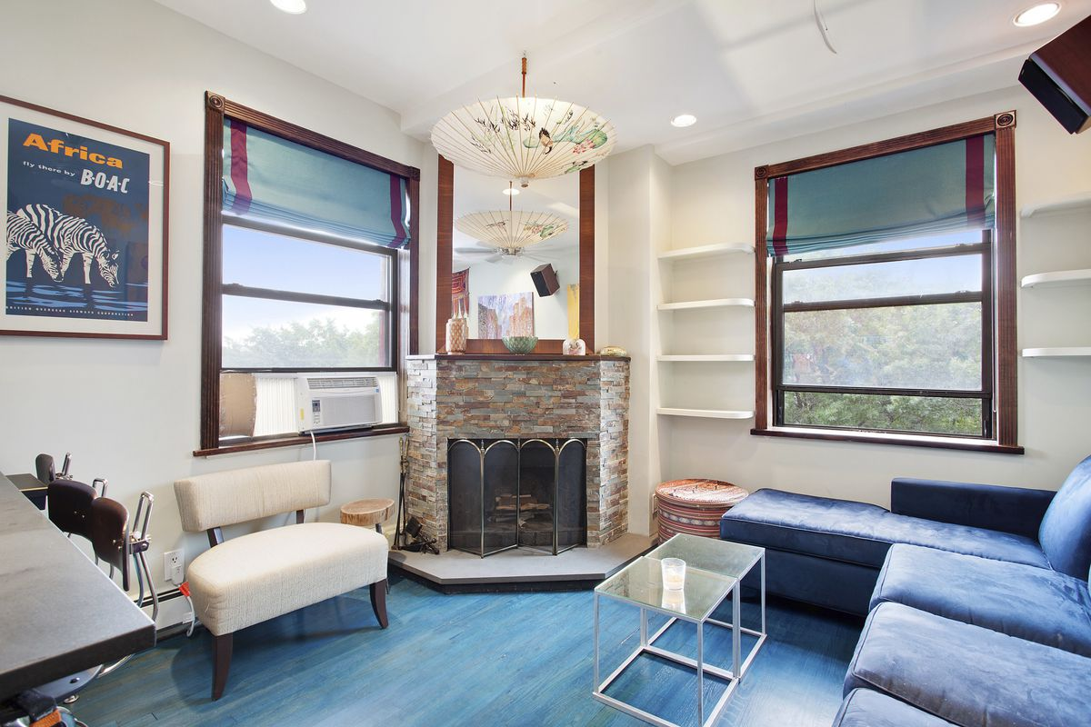 For Under 1m This Fort Greene Condo Has Two Bedrooms And A