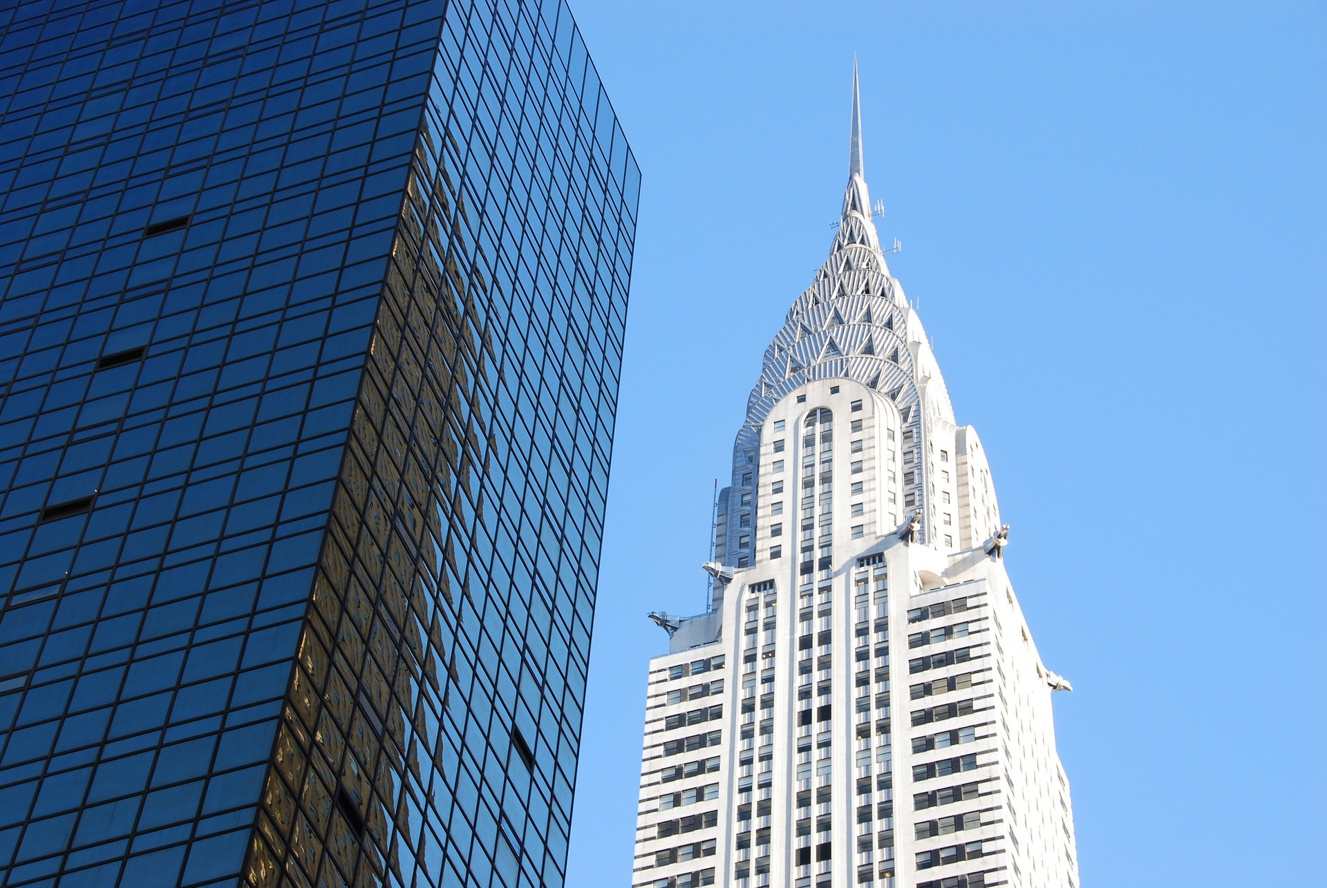 Chrysler Building Update: The Chrysler Building Is For Sale
