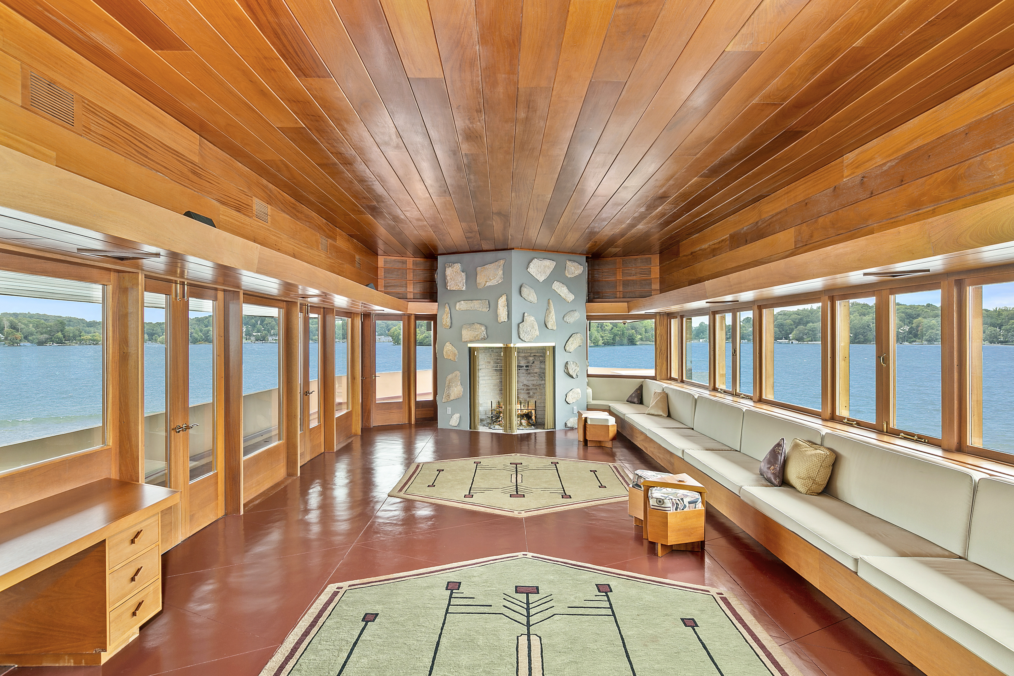 Frank lloyd wright designed homes on a heart shaped private island can be yours for 12 9m 6sqft - Frank lloyd wright designs ...