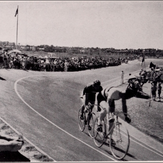 Did you know NYC's only surviving cycling track is in Flushing?
